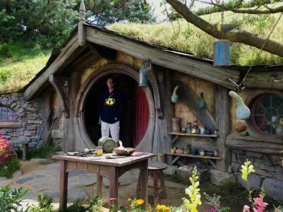Hobbiton, New Zealand (Amazing!)